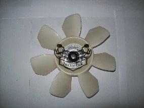 vmax  1200 helice de ventilateur