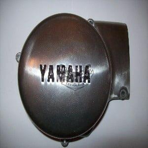 AT2 couvercle generateur d'origine Yamaha tres rare